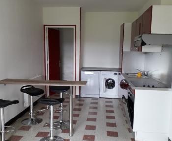Location Maison 4 pièces Floyon (59219) - CENTRE VILLAGE