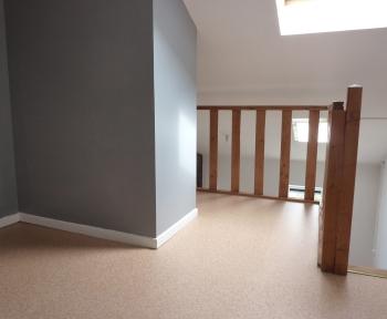 Location Appartement 1 pièce Cambrai (59400) - place Eugène Thomas