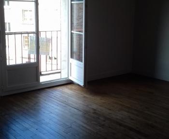 Location Appartement 4 pièces Condé-sur-Noireau (14110) - centre ville
