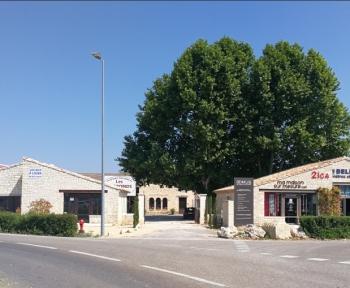Location Local commercial 1 pièce L'Isle-sur-la-Sorgue (84800)