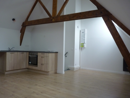 Location Appartement 2 pièces PONT-SAINTE-MAXENCE () - Pont-Ste-Maxence (60700)
