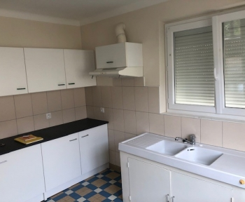 Location Maison 2 pièces Romorantin-Lanthenay (41200) - centre